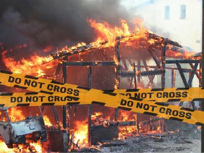 雅典多处发生火灾,请中国公民务必注意出行安全